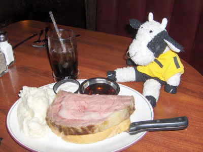 Bully's East: prime rib